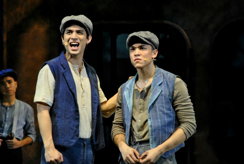 BWW Review: NEWSIES Is Exceptionally Entertaining, Bursting With Raw Energy!
