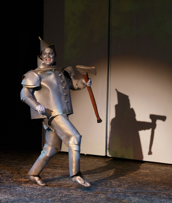 Photo Flash: The Wizard of Oz at the Wilson Theater