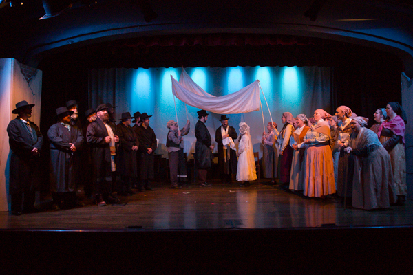 Photo Coverage First Look At Worthington Community