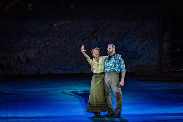 Review Roundup: THE UNSINKABLE MOLLY BROWN at The Muny