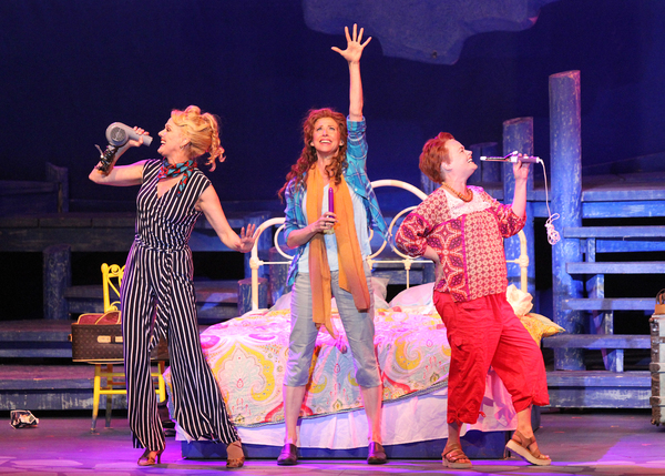 Photo Flash: MAMMA MIA! Dances Into The Gateway