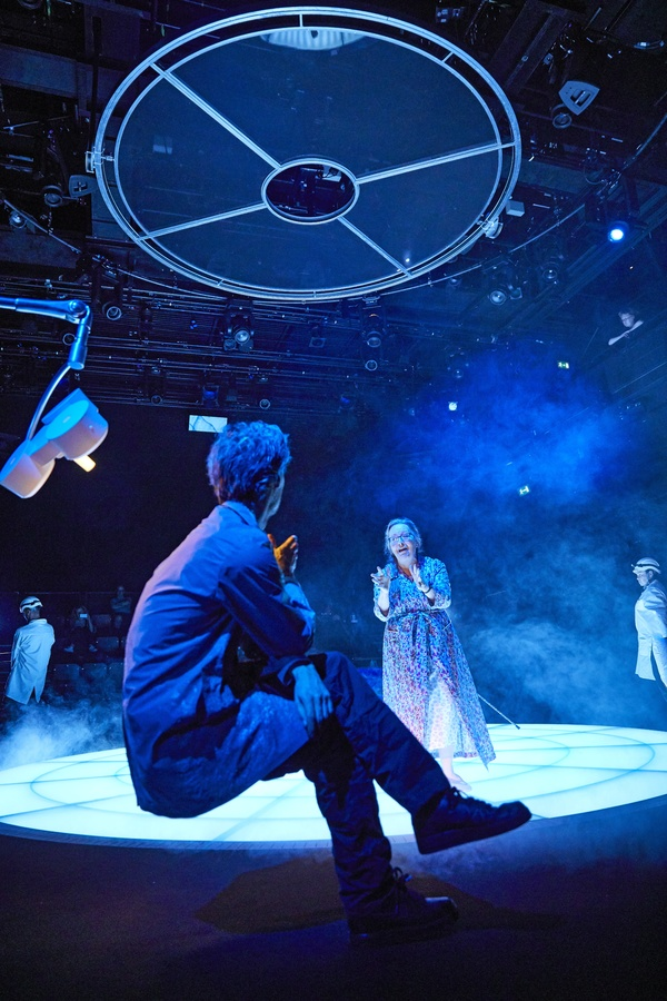 Photo Flash: First Look at MOSQUITOES at the National Theatre