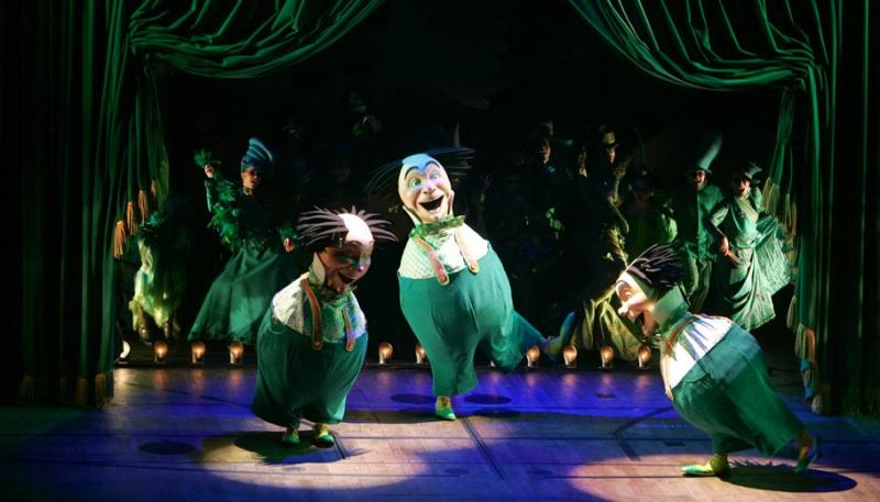 BWW Review: WICKED is Still Wildly 'Popular'