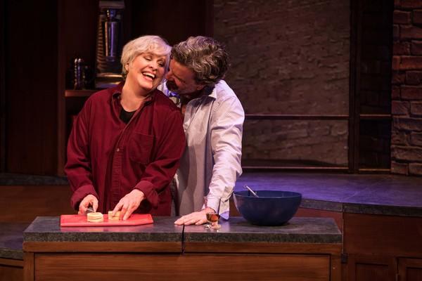 CURVY WIDOW, Starring Nancy Opel, Opens Tonight Off-Broadway