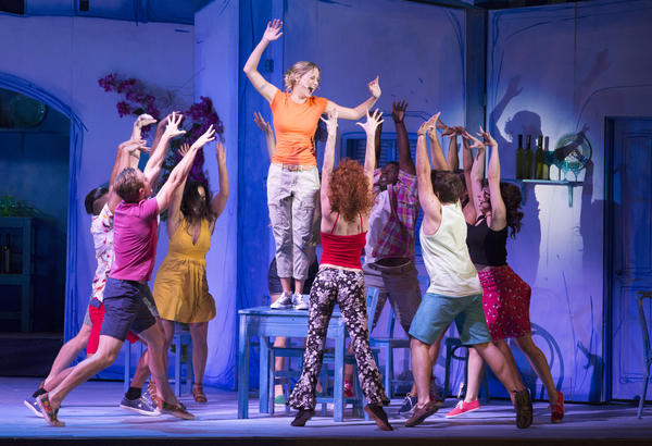 Photo Flash: First Look at Jennifer Nettles, Dove Cameron, Corbin Bleu and More in MAMMA MIA! at The Hollywood Bowl