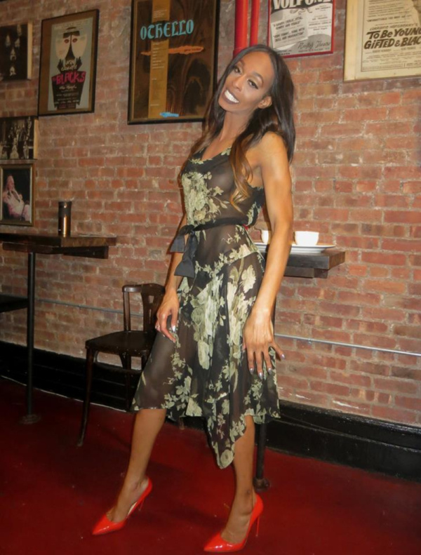 Photo Flash: Downtown Demimonde Turn Out For TRINKETS Opening Night