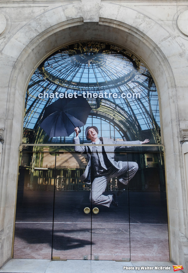 UP ON THE MARQUEE: Paris Billboards for SINGING IN THE RAIN