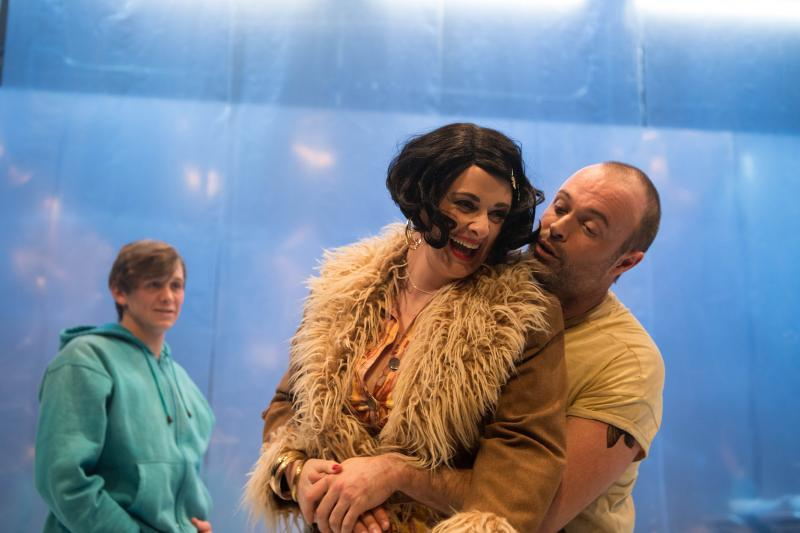 BWW REVIEW:  Conformity And Compliance Are Challenged In ONE FLEW OVER THE CUCKOO'S NEST