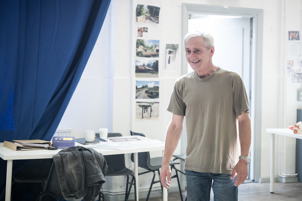 Photo Flash: Sneak Peek Inside Rehearsal for English Touring Theatre's THE WEIR