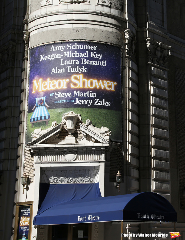 'Meteor Shower' directed by Jerry Zaks and starring Amy Schumer, Keegan-Michael Key, Laura Benanti, and Alan Tudyk at The Booth Theatre