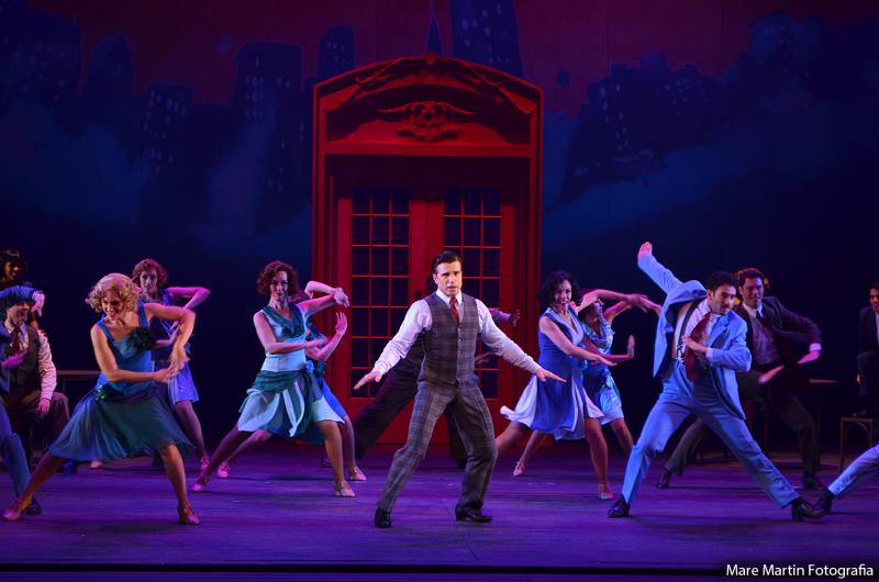BWW Review: CANTANDO NA CHUVA (Singin' In The Rain) Gives Brazil a Shower of Joy