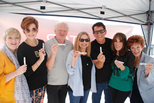 Photo Flash: Stage and Screen Personalities Gather To Save Lives