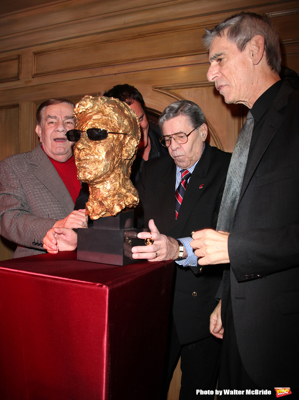 Freddy Roman, Quentin Tarantino, Richard Belzer with Jerry Lewis Photo