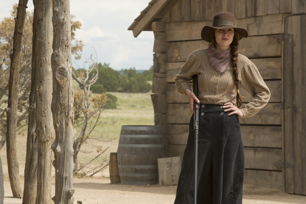 Photo Flash: Welcome to No Man's Land - Netflix Shares First Look at GODLESS