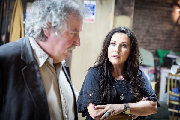 Photos: In Rehearsals for DEATHTRAP, Starring Paul Bradley and Jessie Wallace, Ahead of UK Tour