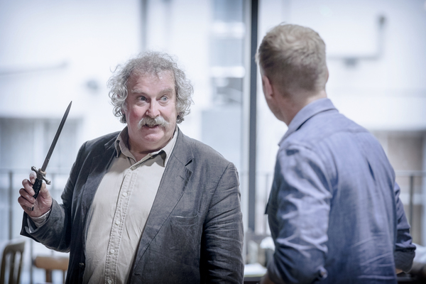 Photo Flash: In Rehearsals for DEATHTRAP, Starring Paul Bradley and Jessie Wallace, Ahead of UK Tour