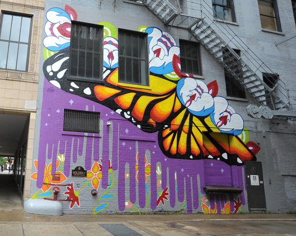 The new LUZIA-inspired mural by Chicago artist Gloria 'Gloe' Talamantes, commissioned by Cirque du Soleil in partnership with Columbia College Chicago and the Wabash Arts Corridor. The mural is located at 33 E. Congress Parkway.