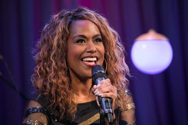 Jennifer Holliday Photo