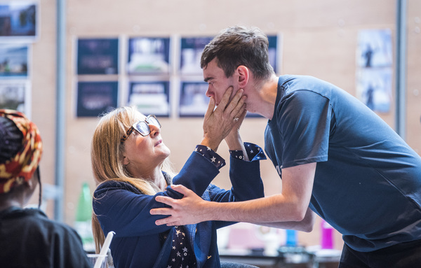 Lesley Sharp and Brian Vernel   Photo