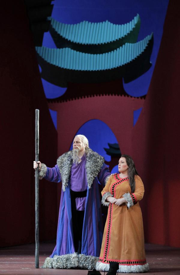 Raymond Aceto and Toni Marie Palmertree  Photo