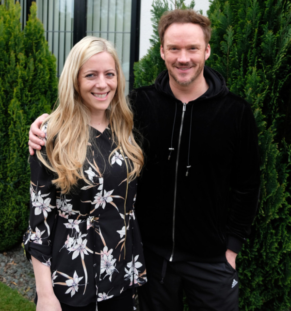 Sara Jeffs with Russell Watson.
