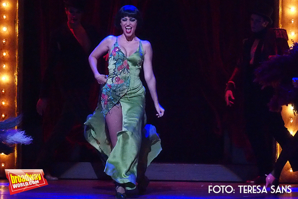 Elena Gadel como Sally Bowles