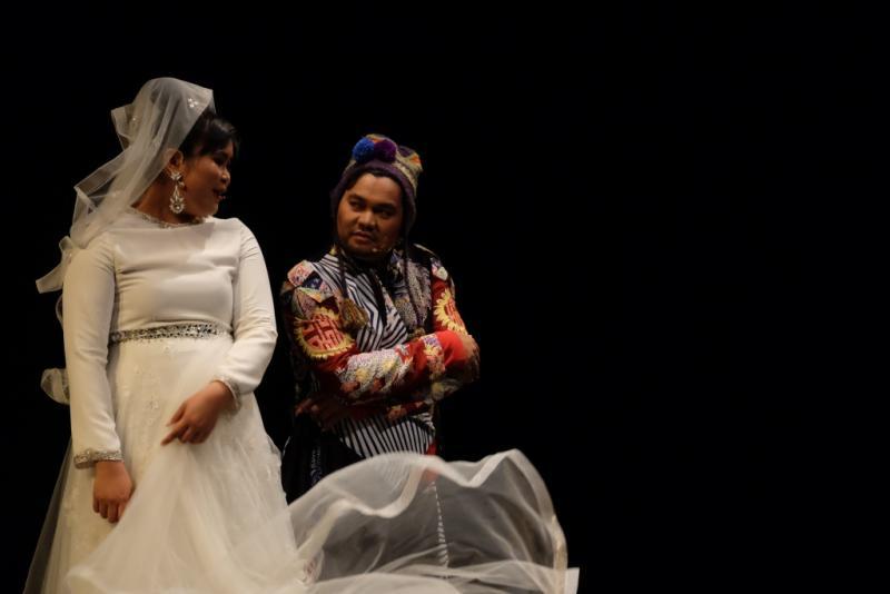 BWW Review: BABE, MUKA KAMPUNG REJEKI KOTA by Teater Abang None