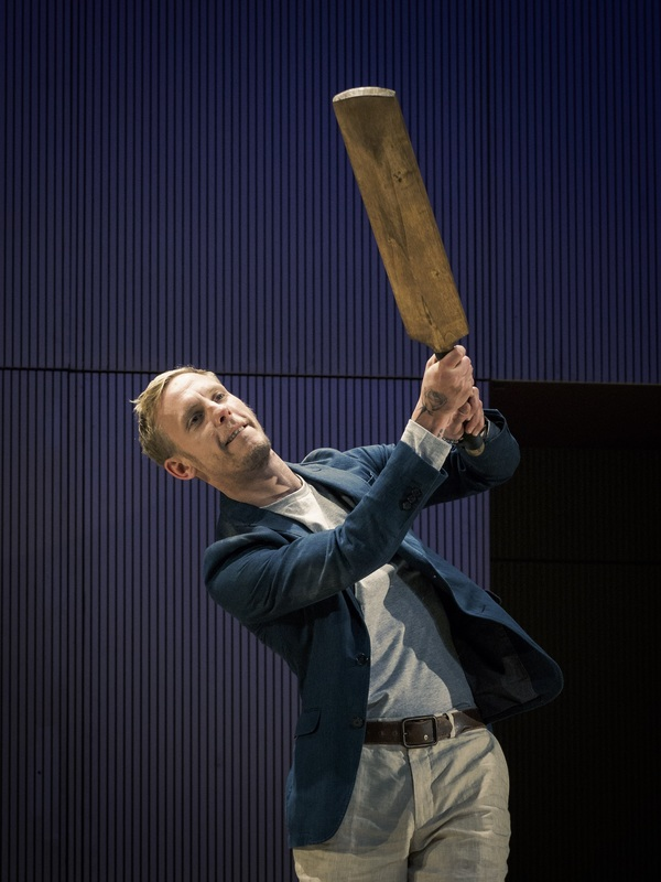 Photos: First Look at Lawrence Fox in Tom Stoppard's THE REAL THING