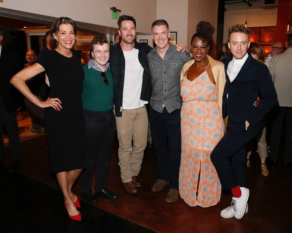 Wendie Malick, Tom Phelan, Luke Macfarlane, Brian Hutchison, Kecia Lewis and Max Jenk Photo