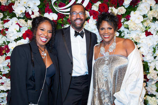 Pauletta Washington, Emilio Sosa, Anna Maria Horsford Photo