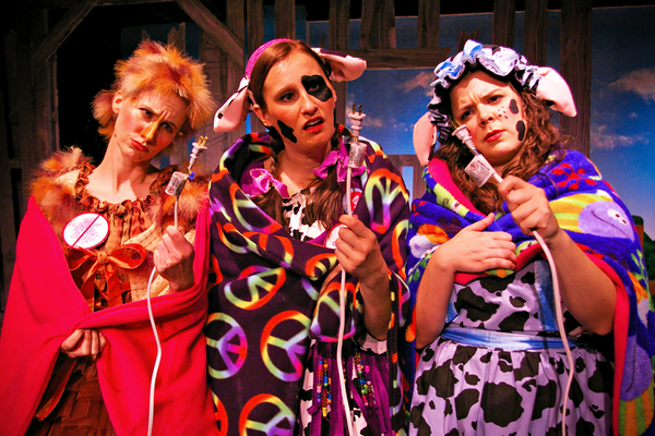 Photo Flash: First Look at CLICK CLACK MOO: COWS THAT TYPE at Main Street Theater