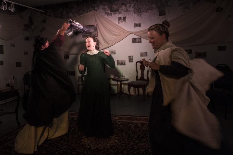 BWW Review: CLOVER at Ally Theatre Company