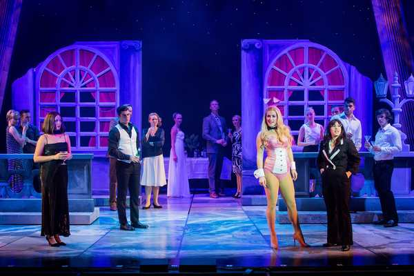Photos: OMG You Guys! First Look at the New UK Tour of LEGALLY BLONDE THE MUSICAL