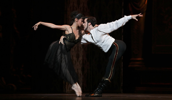 Ballet: Mayerling Choreographer: Sir Kenneth MacMillan Dancer(s): Karina Gonzalez as Baroness Mary Vetsera and Connor Walsh as Prince Rudolf Photo: Amitava Sarkar Year: 2017
