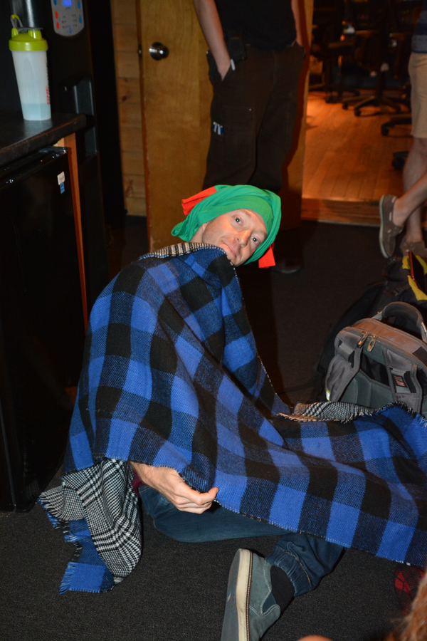 Exclusive Photo Coverage: WICKED Brings Tiding of Comfort and Joy for Carols For A Cure!