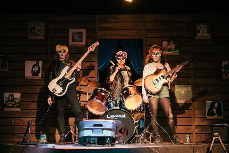 BWW Review: Forward Flux's Double Feature, Pt. 1: LAS MARIPOSAS Y LOS MUERTOS Calls Out Cultural Appropriation in Modern Music