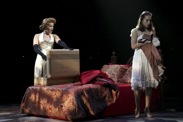 Briana Carlson-Goodman and Julia Estrada