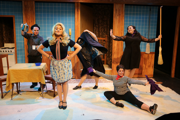 (center) Elizabeth Morgan as Samantha with (left to right) Travis Monroe Neese, Kira Gaudynski, Sarah Taylor and Jennifer Ledesma in Hell in a Handbag Productions' world premiere musical BEWILDERED. Photo by Rick Aguilar Studios.