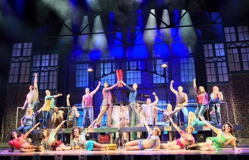 BWW Review: KINKY BOOTS at Starlight Theatre