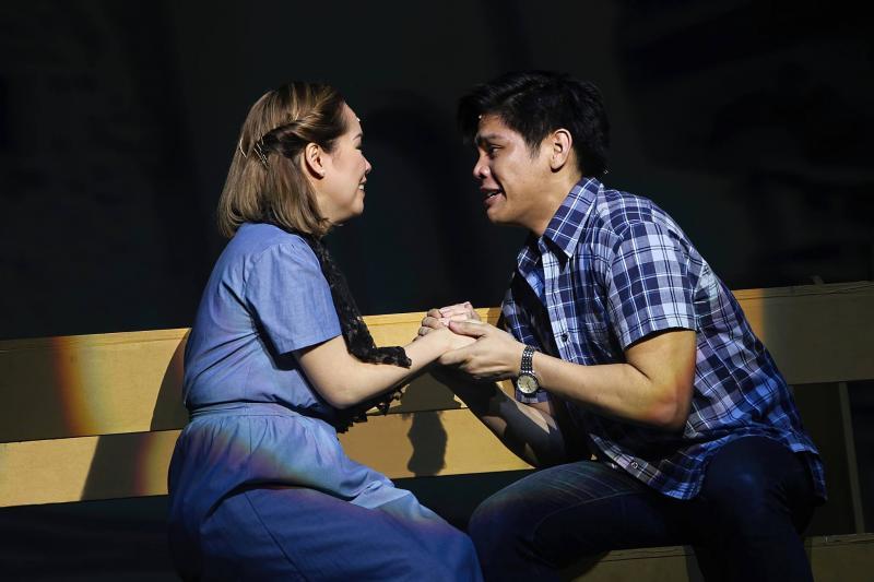 BWW Review: MAYNILA, SA MGA KUKO NG LIWANAG (Musical) Provides Social Commentary That Still Rings True