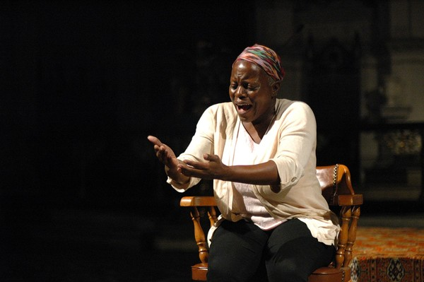 Photo Flash: Kathleen Turner Headlines International Human Rights Art Festival