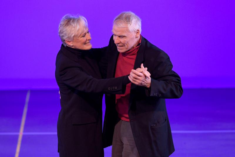 BWW Review: Glenn Close, Norm Lewis Perform at Benefit for National Dance Institute