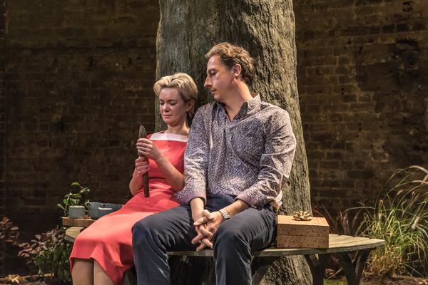 Victoria Hamilton and Nicholas Rowe