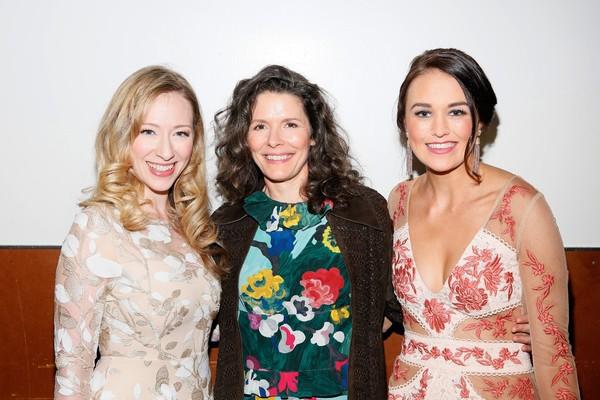 Kaitlyn Davidson, Edie Brickell and Maddie Shea Baldwin