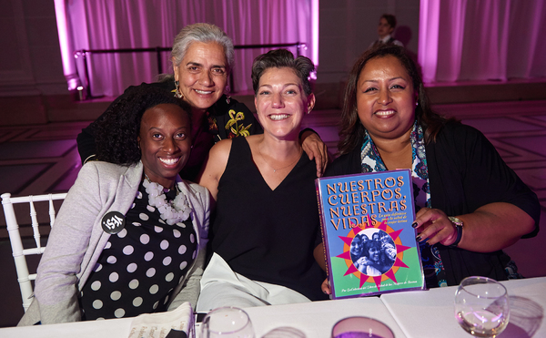 Photo Flash: Gloria Steinem, Judy Chicago and More Attend Brooklyn Museum's 2017 Yes! Gala