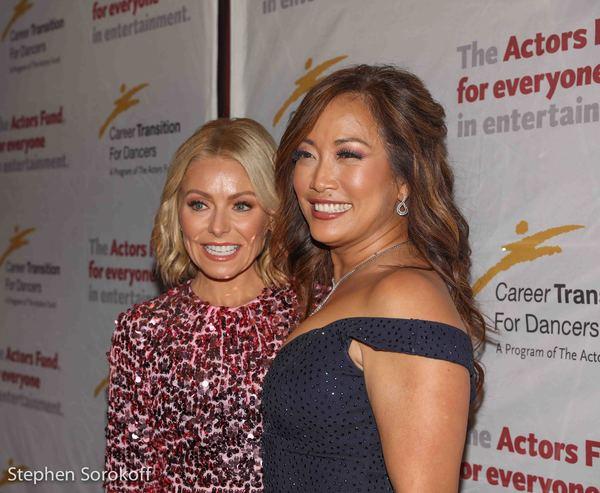 Kelly Ripa & Carrie Ann Inaba
