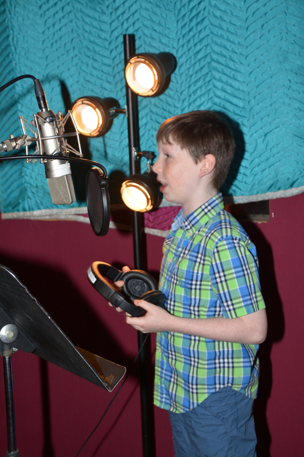 Exclusive Photo Coverage: CHARLIE AND THE CHOCOLATE FACTORY Sings Carols For A Cure