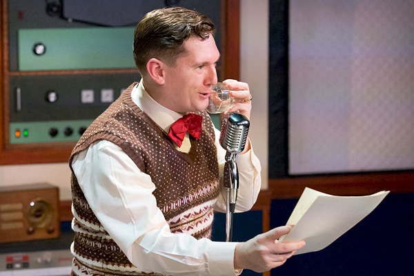 Photo Flash: See The Cast of IT'S A WONDERFUL LIFE: A LIVE RADIO PLAY At Walnut Street Theatre!