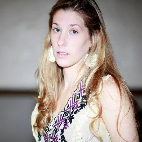 Nikki Delhomme Photo