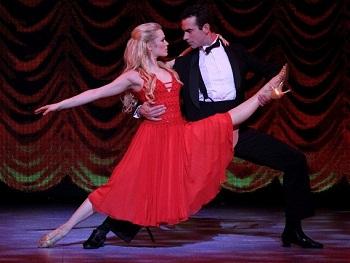 Mila De Biaggi and Gareth Bailey in DIRTY DANCING